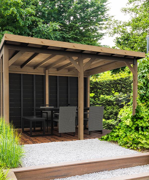 Sinds 2020 heeft Gardenlux een eigen tuinhout collectie.